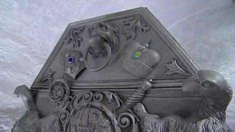 Zrekonstruovaný sarkofág