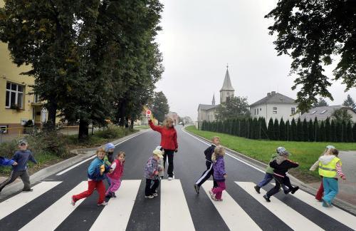 Děti na přechodu pro chodce