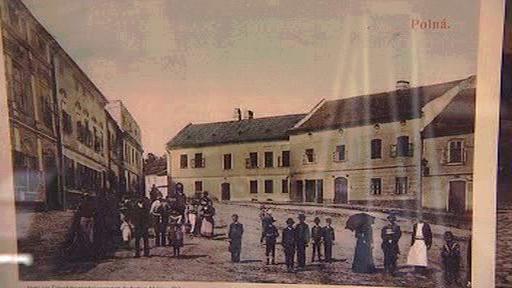 Historická podoba Karlova náměstí v Polné