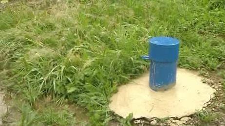 Zařízení pro měření sesuvů půdy