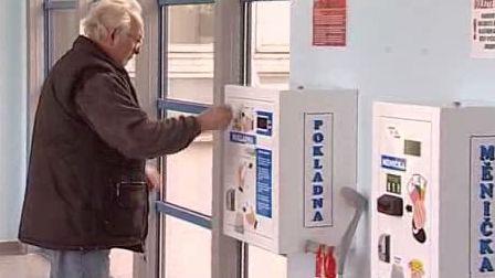 Automat na výběr poplatků