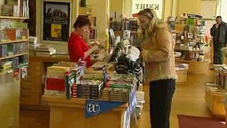 Knihkupectví s literární kavárnou