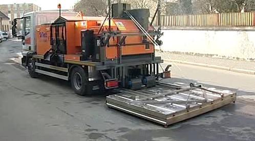 Strojová oprava silnice