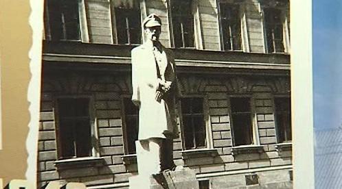 Fotografie původní sochy TGM