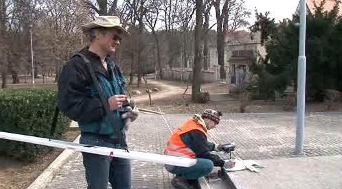 Odborníci zaměřují hroby padlých vojáků