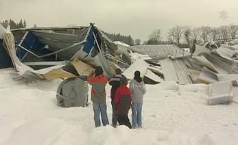 Zřícený zimní stadion v Humpolci