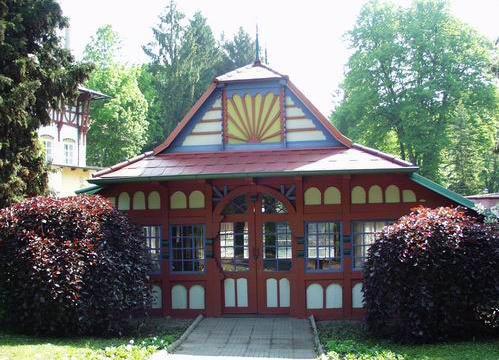 Sluneční lázně v Luhačovicích