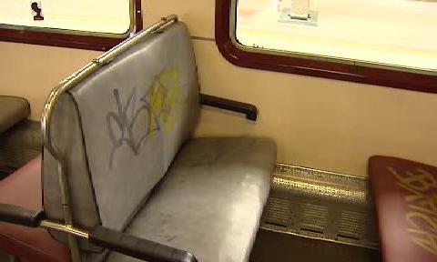 Sedadla ve vlaku