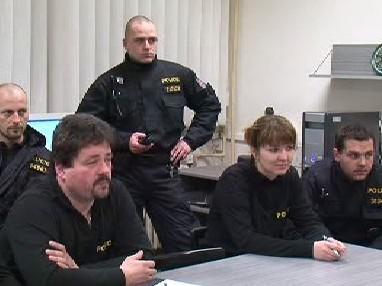 Porada policistů
