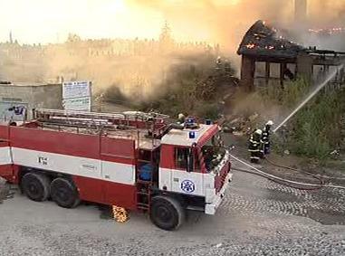 Požár areálu bývalé pily