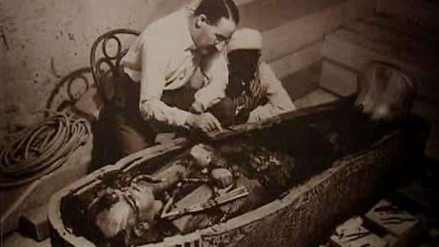 Objevení mumie faraóna Tutanchamona