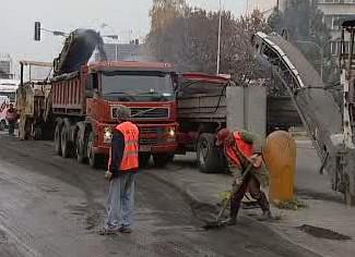 Opravy na silnicích