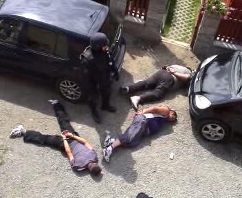 Policejní zátah v Mezicích