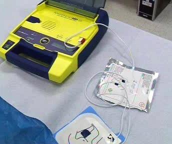 Mobilní defibrilátor