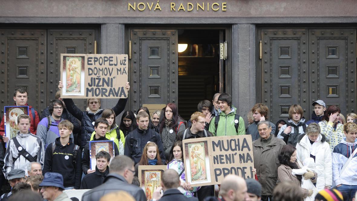 Protest proti stěhování epopeje