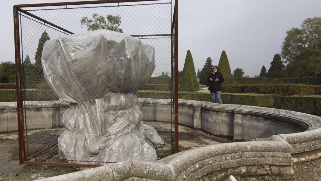 Kašna v parku lednického zámku