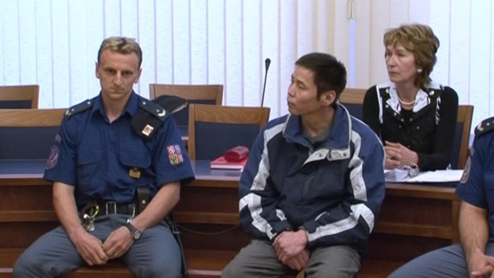 Obžalovaný Erdenabat Duu u soudu