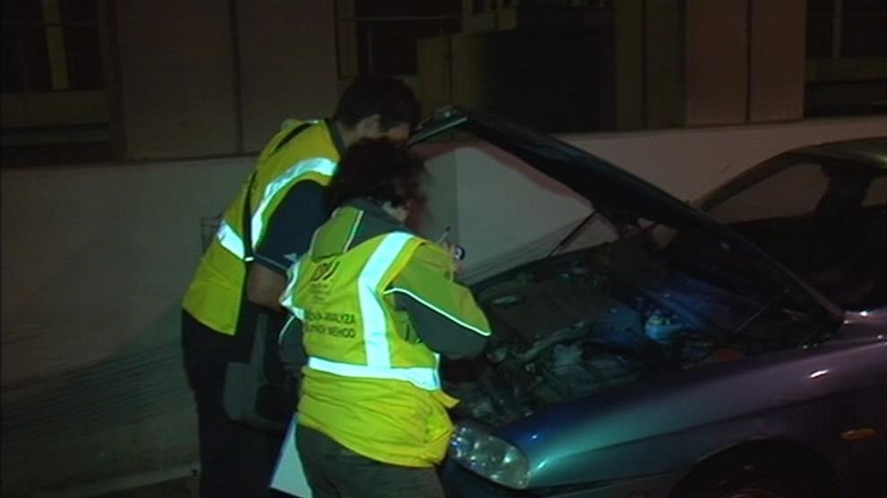 Pracovníci centra dopravního výzkumu při hloubkové analýze nehody