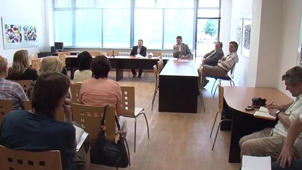 Květnové setkání lidí z Brna-Bohunic s investorem