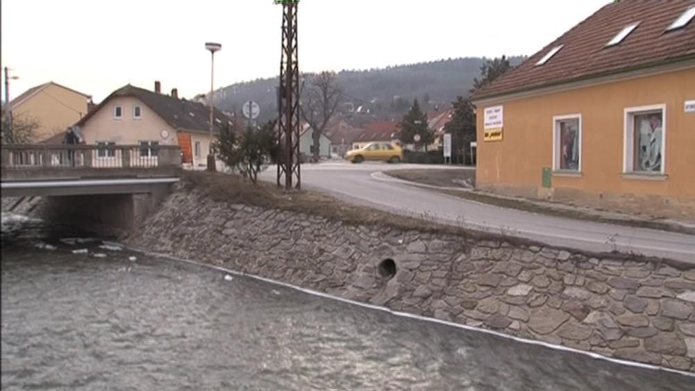 Řeka Svratka protéká obcemi, které do ní vypouští odpad
