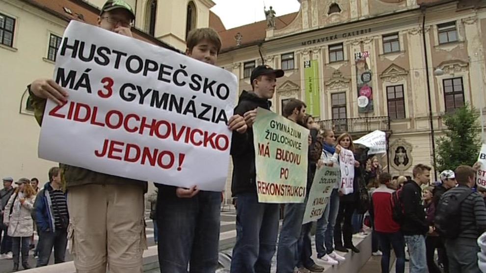 Protest za zachování židlochovického gymnázia