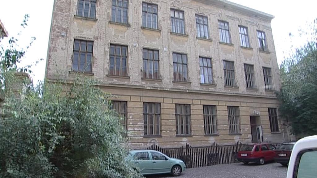 Opuštěná základní škola v Brně