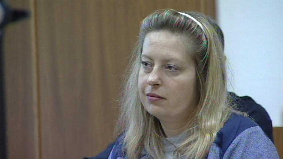 Dita Bouzková odsouzená za podvody je znovu u soudu za totéž
