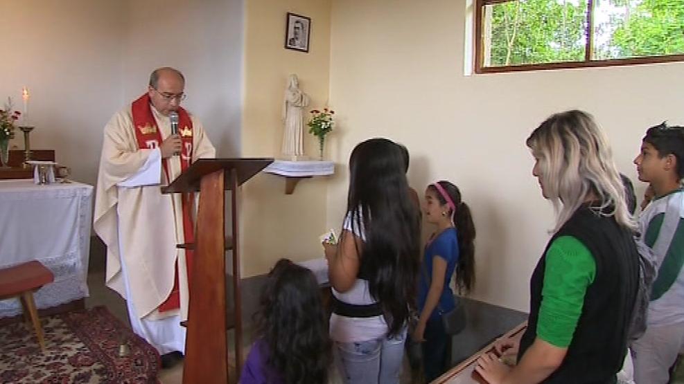 Na mši svaté Romové uctili blahoslaveného Zefyrina