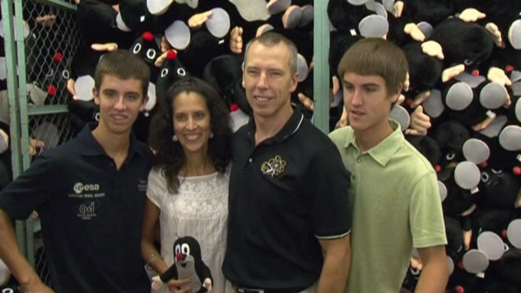 Andrew Feustel s rodinou