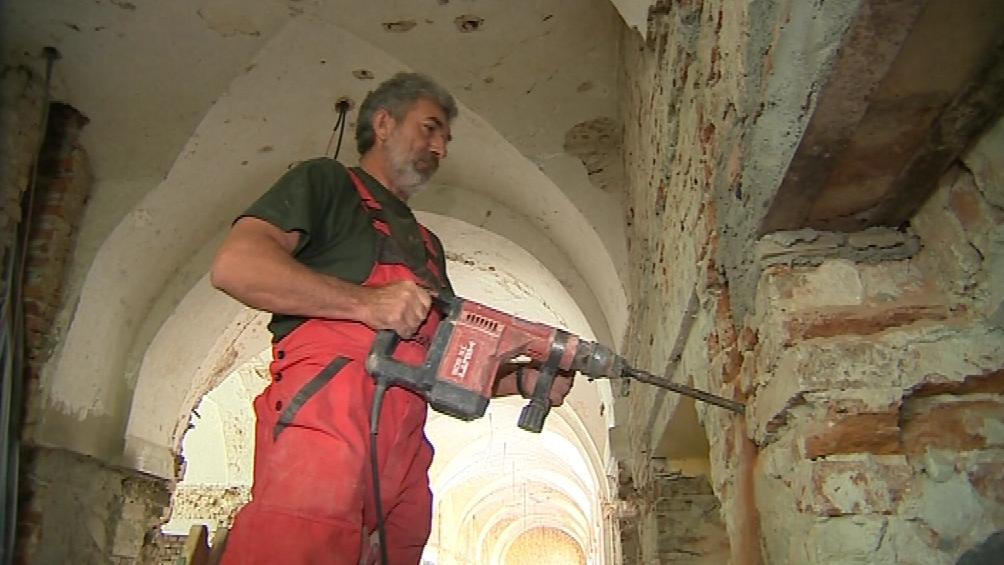 Opravy jezuitských kolejí v Uherském Hradišti