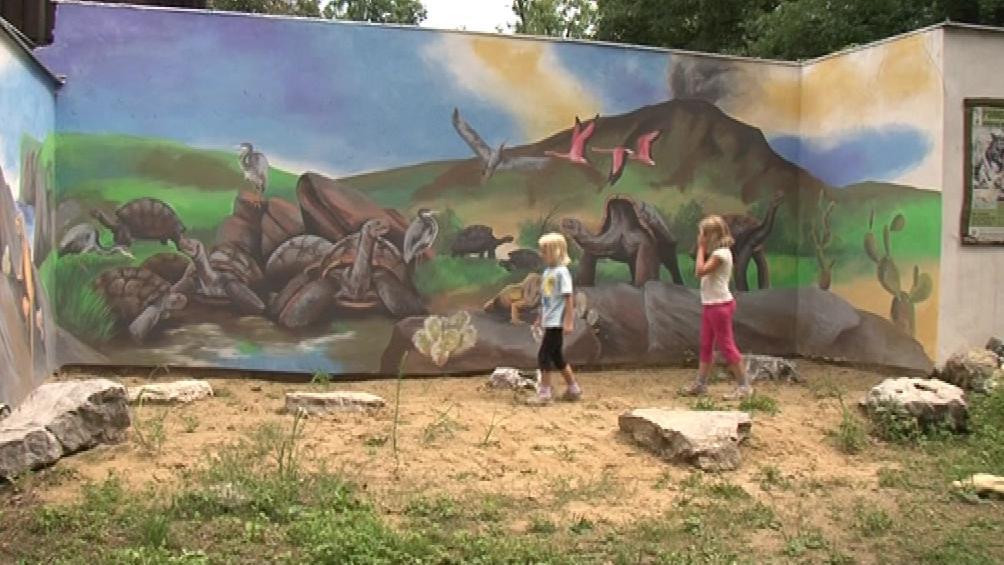 Galapágy v hodonínské zoo namaloval Petr Přikryl