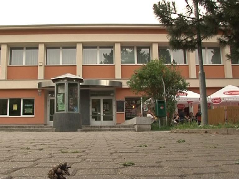 Kinokavárna v Černých Polích