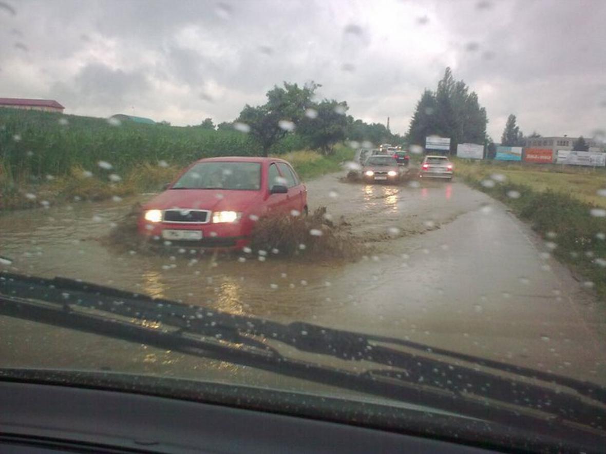 Velká voda po dešti trápila Zlínsko