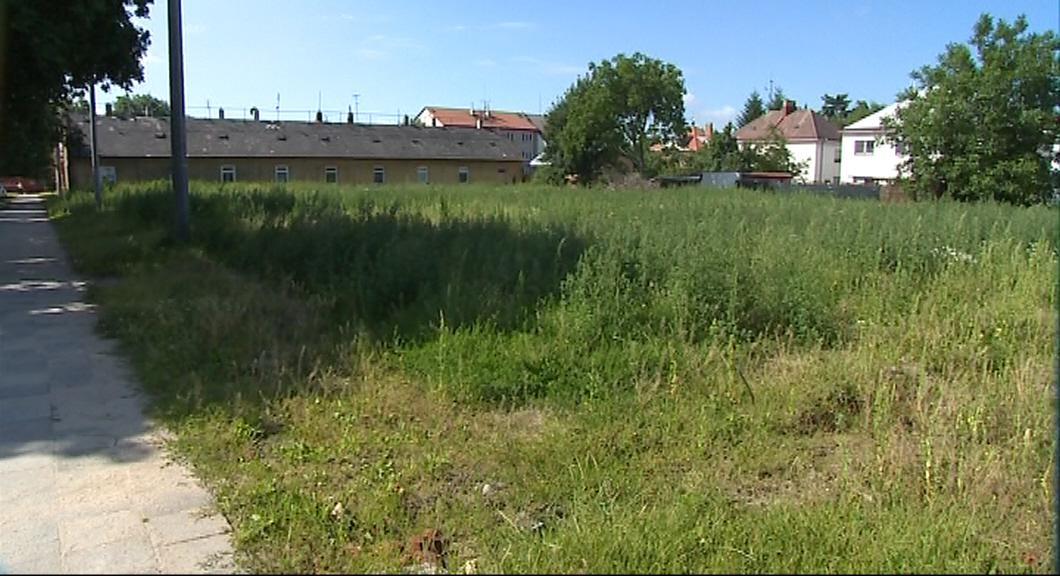 Na pozemcích po bývalé kolonii vyrostou nové domky