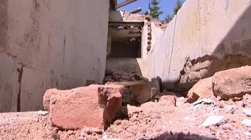 Dům byl určený k bezodkladné demolici, protože ohrožoval zdraví obyvatel