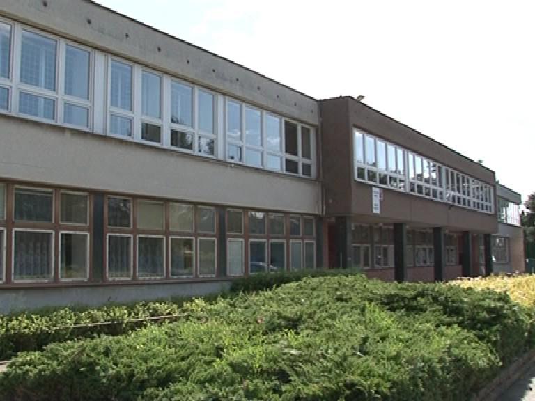 ZŠ Labská byla postavena před 33 lety