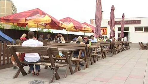 Restaurace v Brně-Bystrci, ve které dívka dostávala najíst