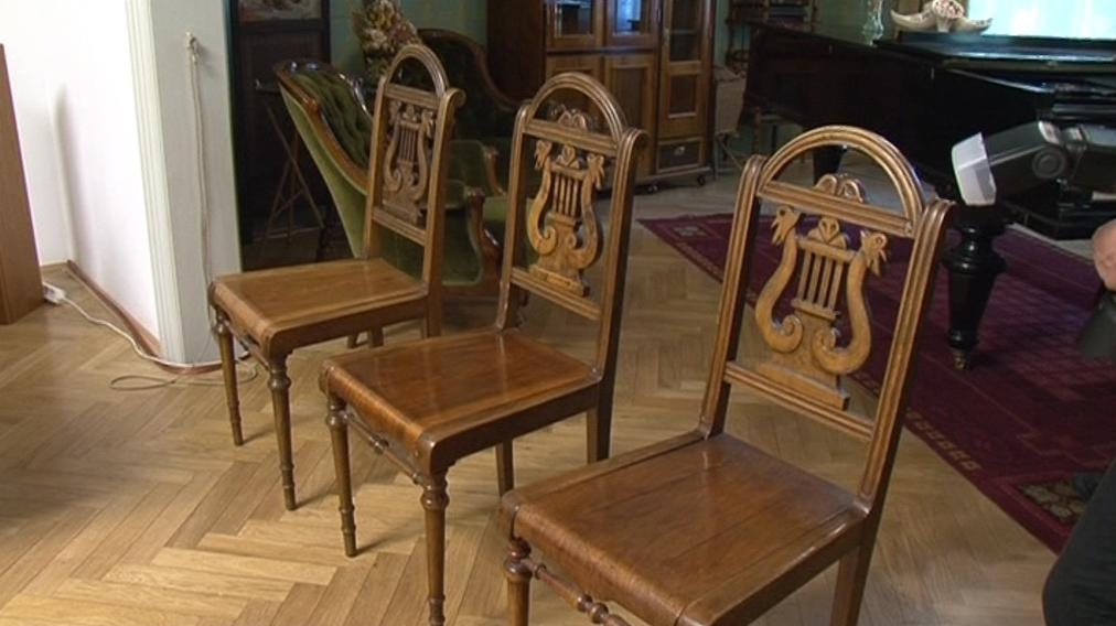 Židle Leoše Janáčka získalo Moravské zemské muzeum v Brně