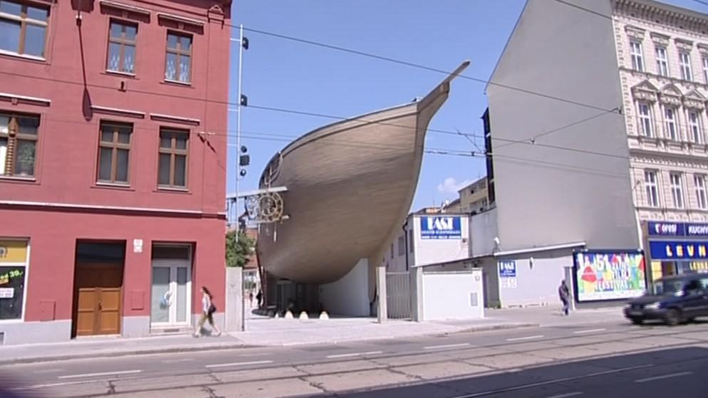 Trup lodi v sobě skrývá muzeum loutek