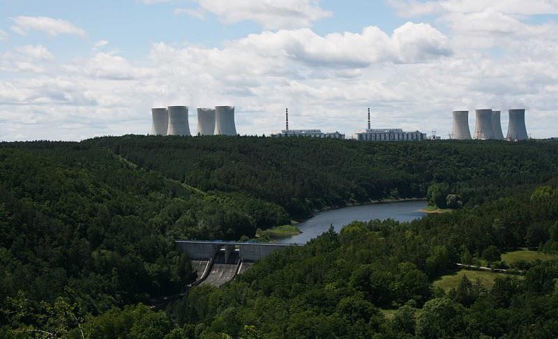 Retenční nádrž Mohelno a elektrárna Dukovany