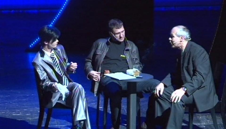 Za kvalitu představení se postavili i představitelé hlavních rolí Petr Halberstadt a Klára Apolenářová