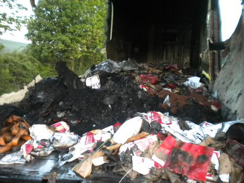 Požár zničil náklad kamionu