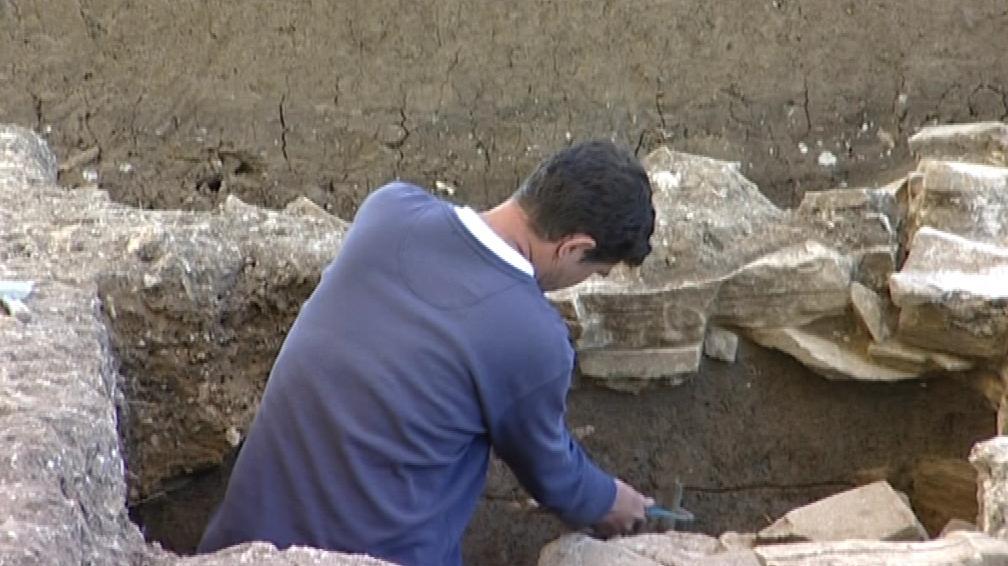 Archeologové zkoumají stavební technologie z dob Velké Moravy
