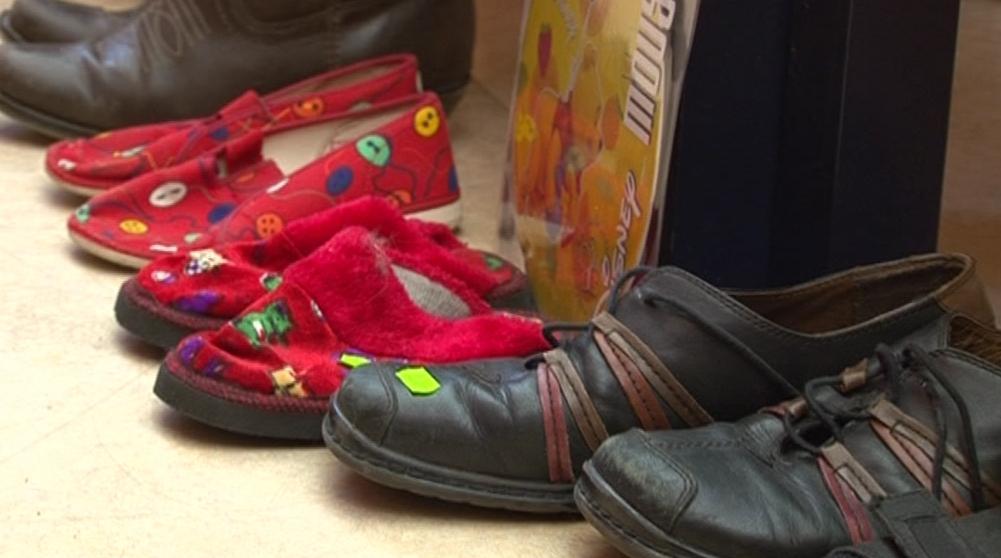 Na blešáku se nabízeli i použité dětské boty