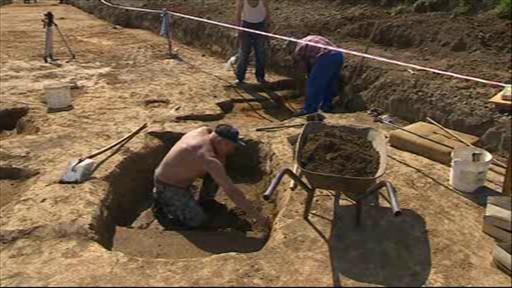 Archeologové zkoumají lokalitu ve Starém Městě