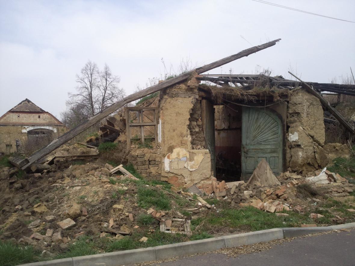 O střechu přišla památka ve Slupi při požáru v roce 2007