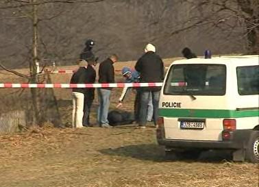 Policejní rekonstrukce vraždy v Bystřici pod Hostýnem, kde dealer ubodal svého zákazníka