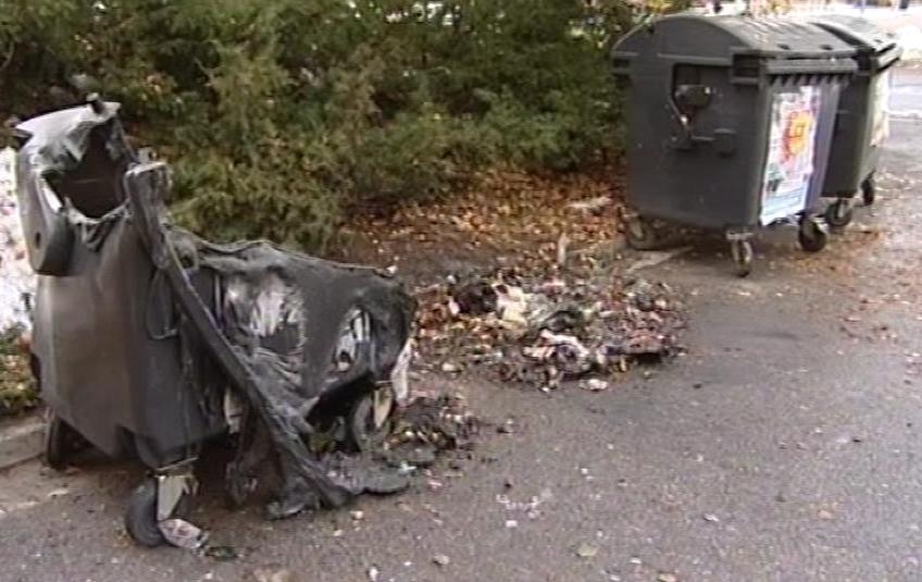 Vyhořelý plastový kontejner
