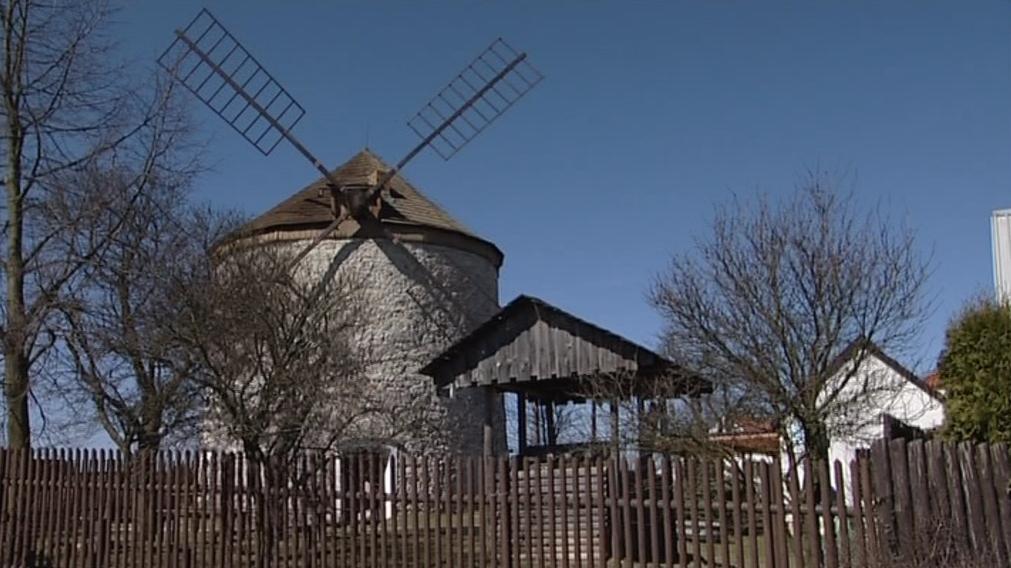 Větrný mlýn v Rudicích
