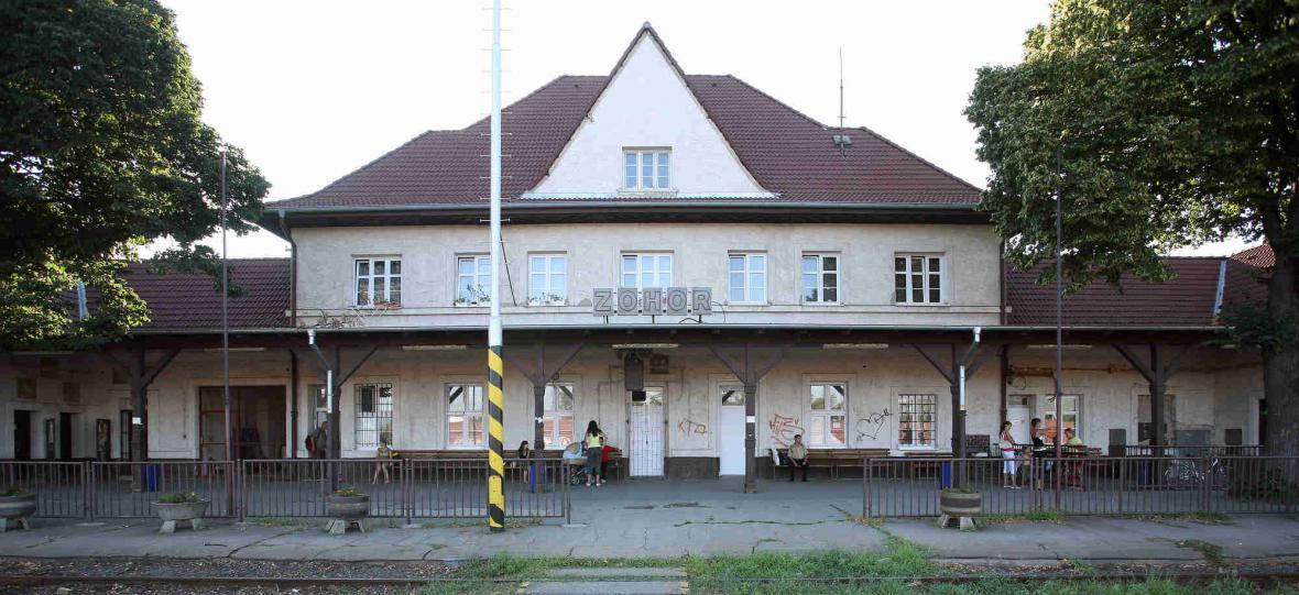 Železniční stanice Zohor
